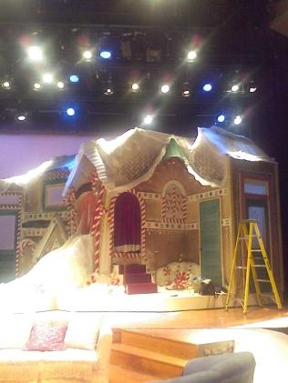 A Christmas Story, Macy's Side: SD: Ann Davis